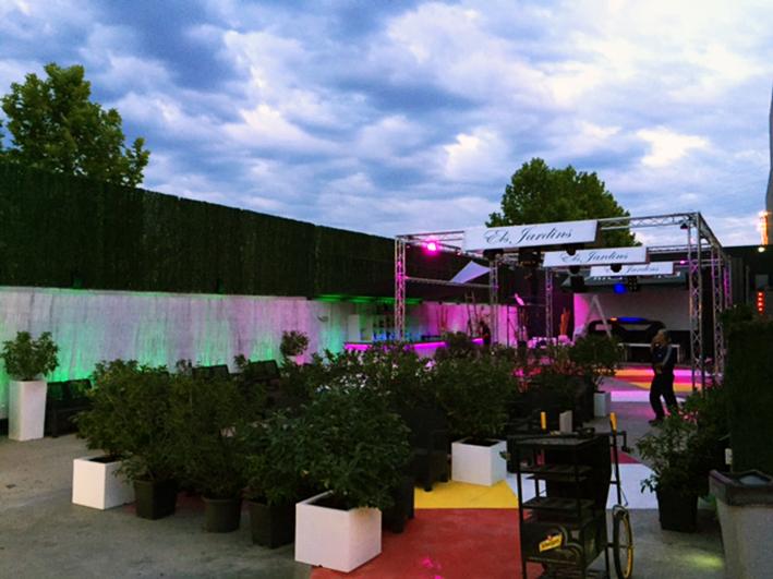 Codigo sound light projects villa lola manresa - Los jardines de lola ...